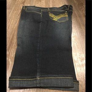 Denim - Capri Stretch Jeans